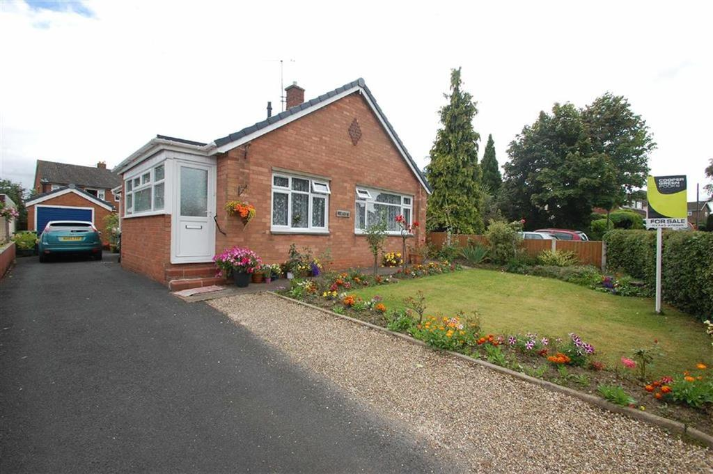 2 Bedrooms Detached Bungalow for sale in Pulley Lane, Bayston Hill, Shrewsbury