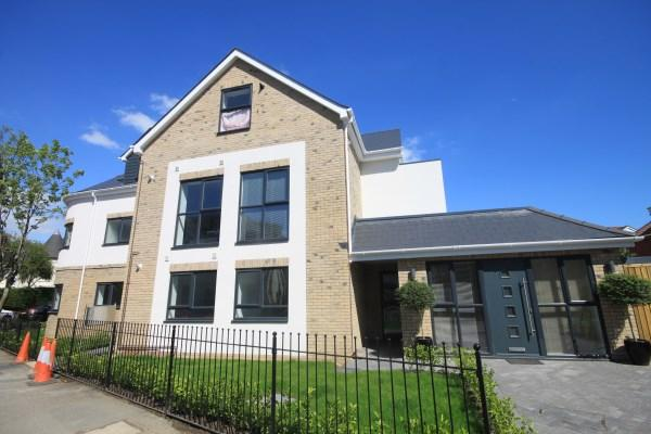 2 Bedrooms Apartment Flat for sale in Westbourne Park Road, Bournemouth