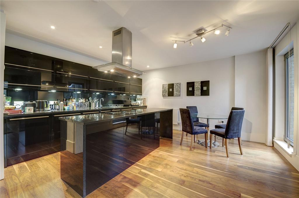 3 Bedrooms Apartment Flat for sale in Theobalds Road, Bloomsbury, WC1X