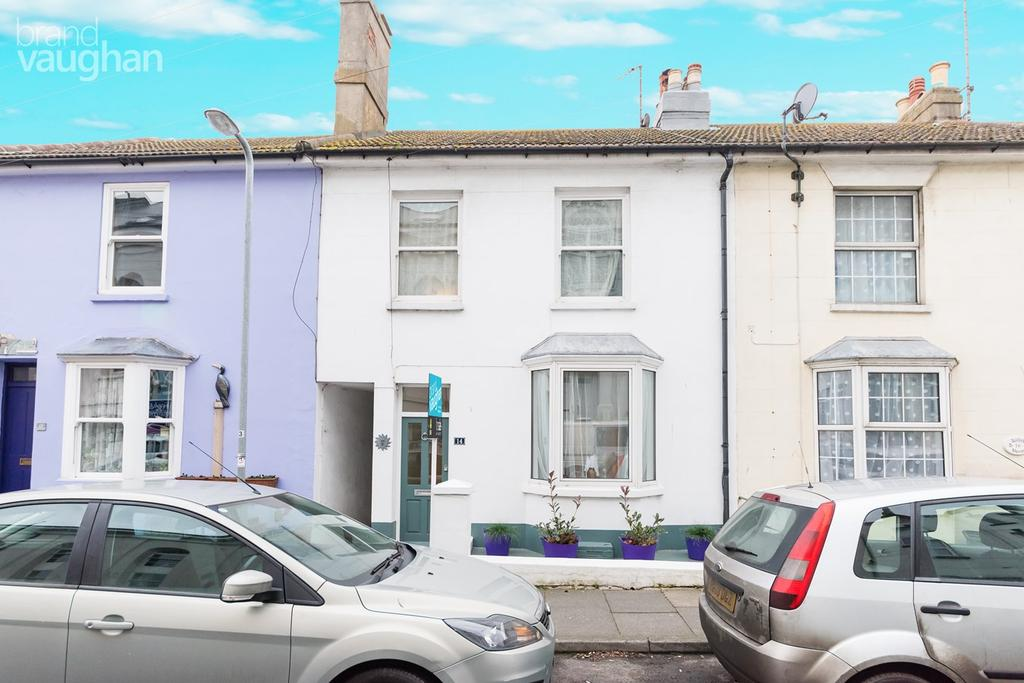 3 Bedrooms Terraced House for sale in Meeching Road, Newhaven, BN9