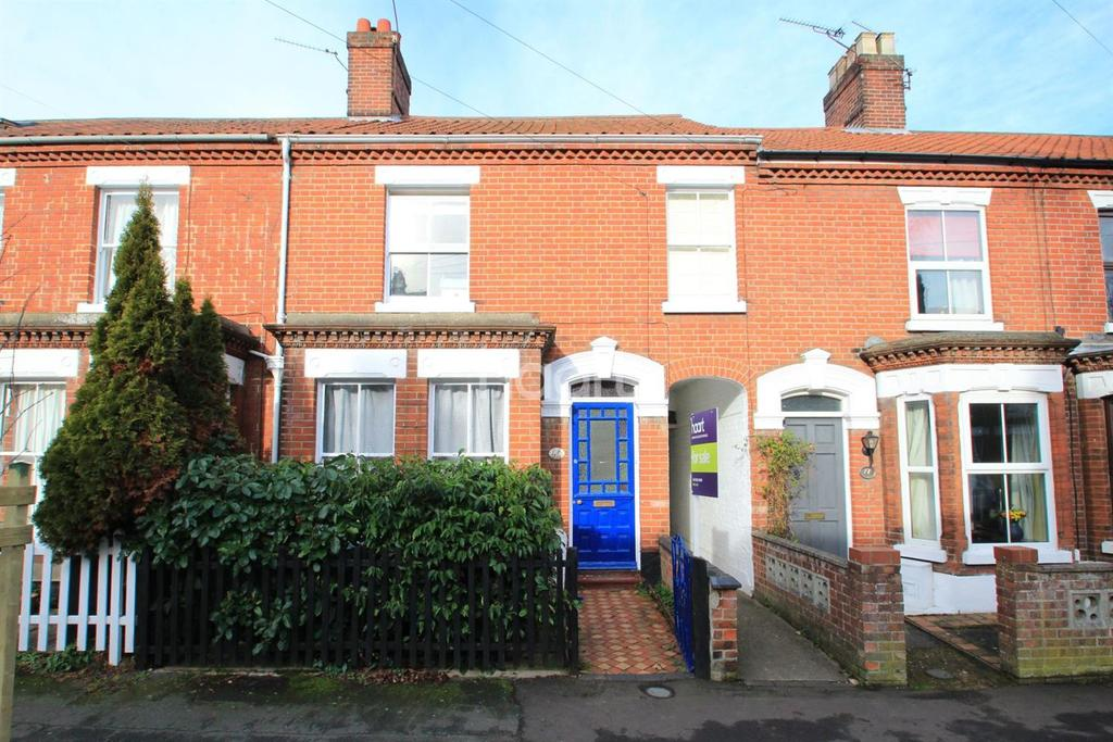4 Bedrooms Terraced House for sale in Muriel Road, NR2