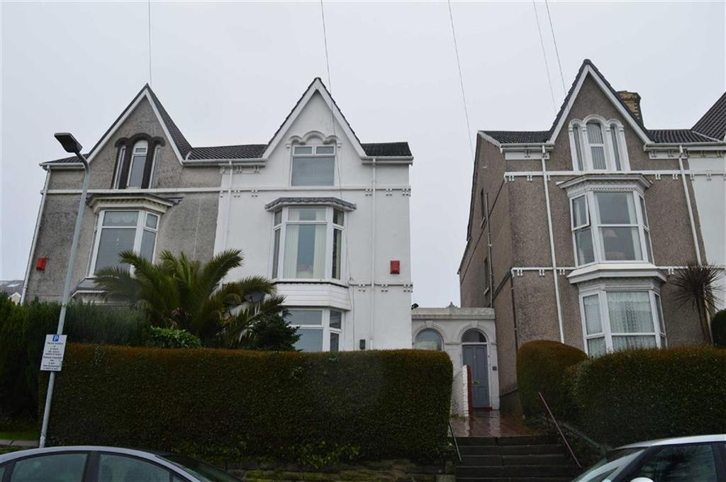 4 Bedrooms Semi Detached House for sale in Brynmill Crescent, Swansea, SA2