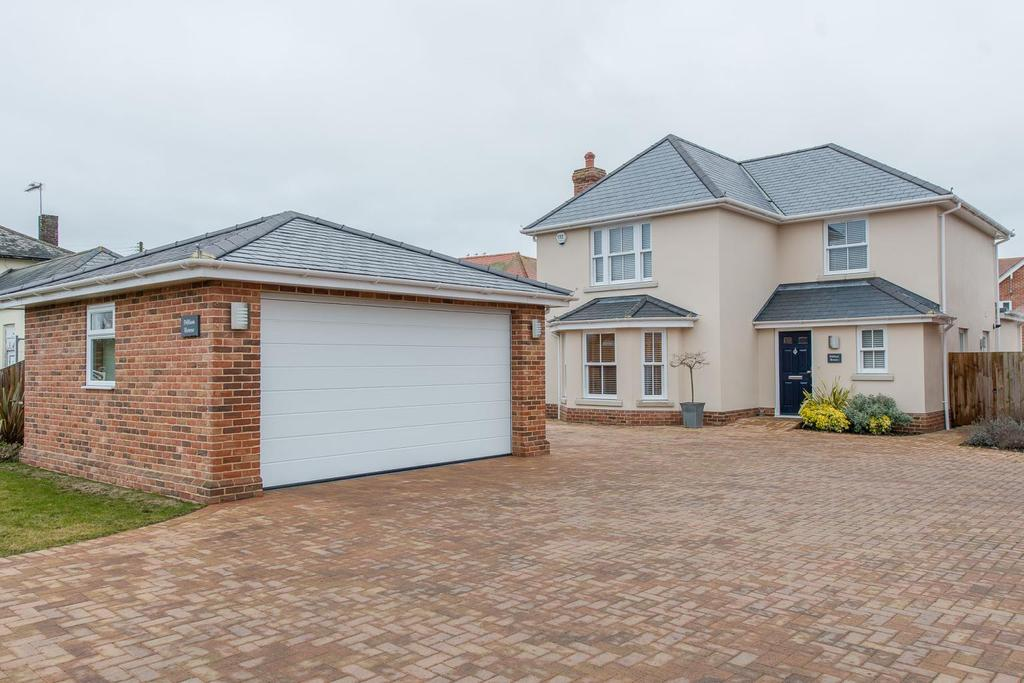 4 Bedrooms Detached House for sale in Mersea Road, Langenhoe, Colchester, CO5 7LF