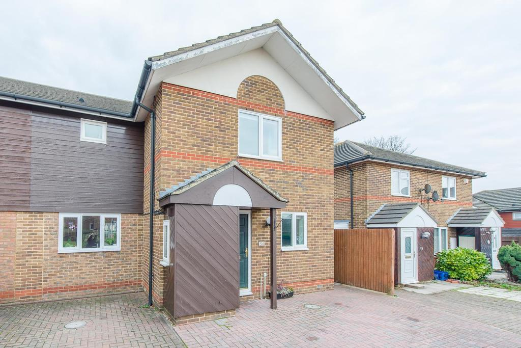 4 Bedrooms End Of Terrace House for sale in Port Rise , Chatham, Kent