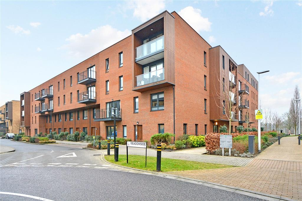 3 Bedrooms House for sale in Dowding Drive, London