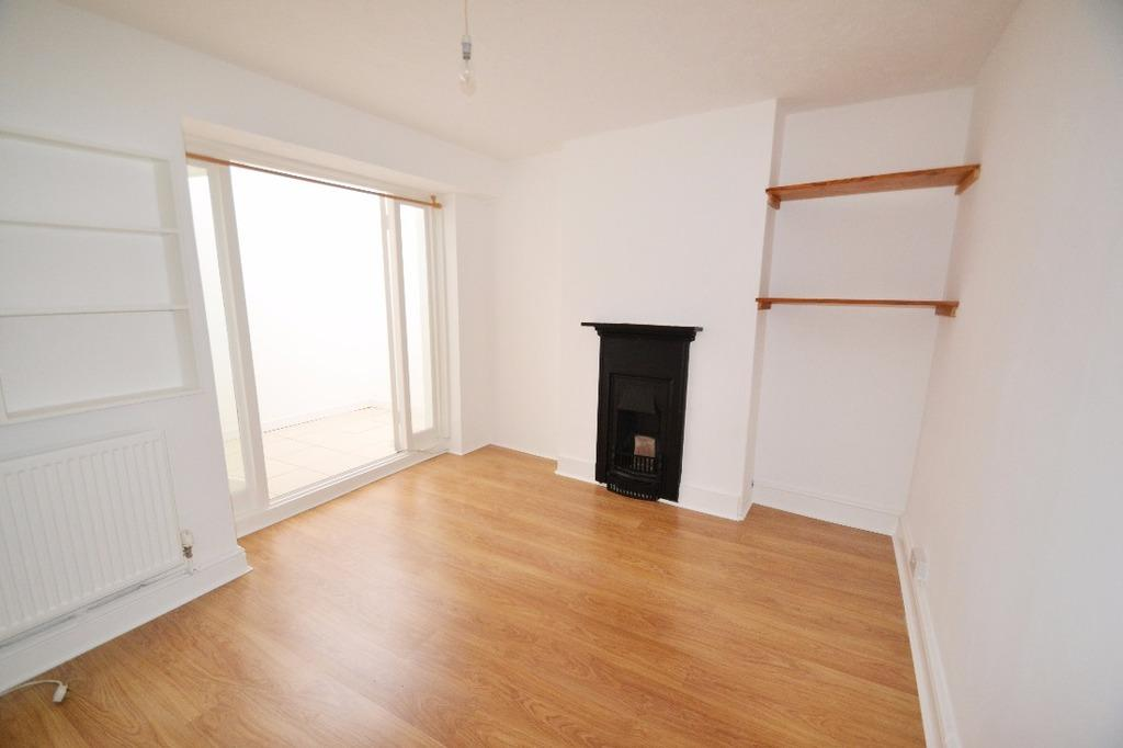 3 Bedrooms Flat for sale in Hove Place Hove East Sussex BN3