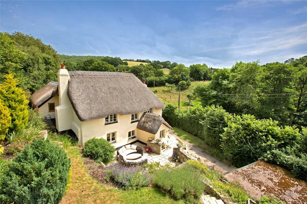 3 Bedrooms Detached House for sale in Higher Ashton, Exeter, Devon