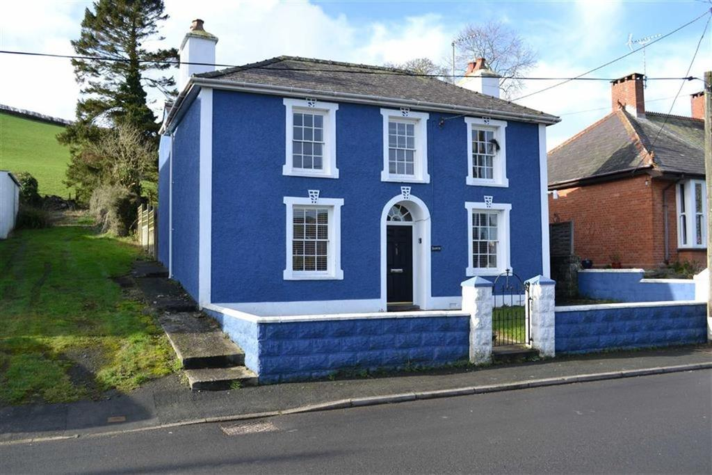 4 Bedrooms Detached House for sale in Panteg Road, Aberaeron, Ceredigion