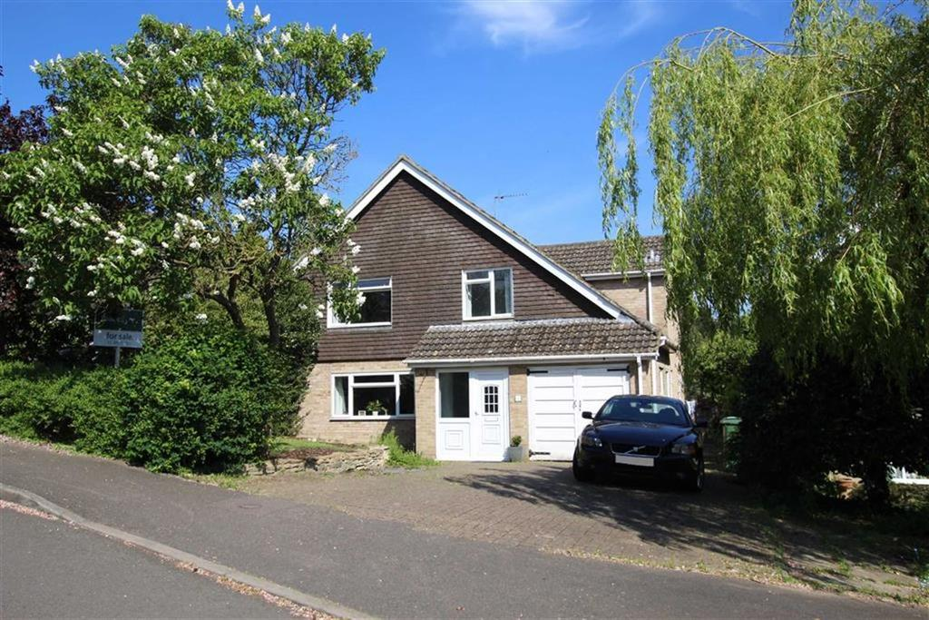 4 Bedrooms Detached House for sale in 8, Valley Road, Brackley