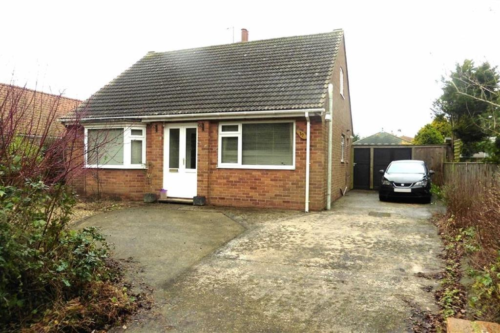 3 Bedrooms Detached Bungalow for sale in Church Lane, Sewerby, East Yorkshire