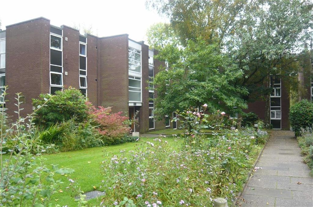 1 Bedroom Flat for sale in Ashfell Court, CHORLTON, MANCHESTER