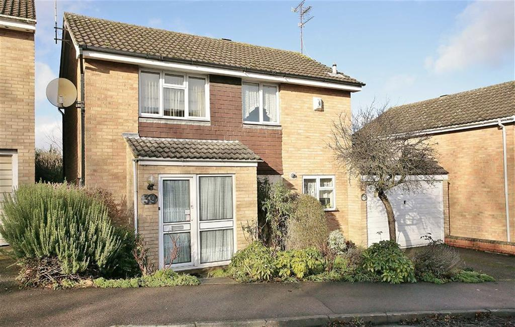 3 Bedrooms Detached House for sale in Kingfisher Drive, Banbury