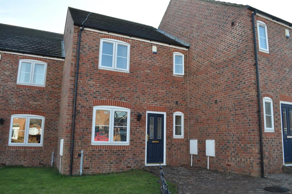 3 Bedrooms Terraced House for sale in North View, Ryhope, Sunderland