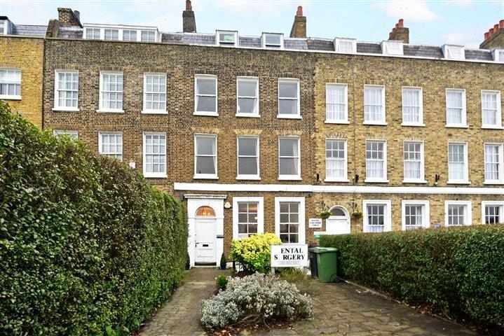 3 Bedrooms Flat for sale in Montpelier Row, Blackheath, London