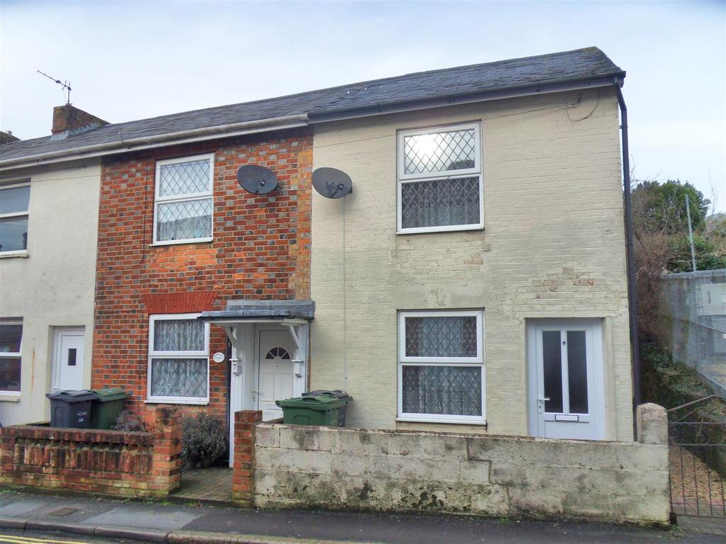 2 Bedrooms House for sale in Barton Road, Newport