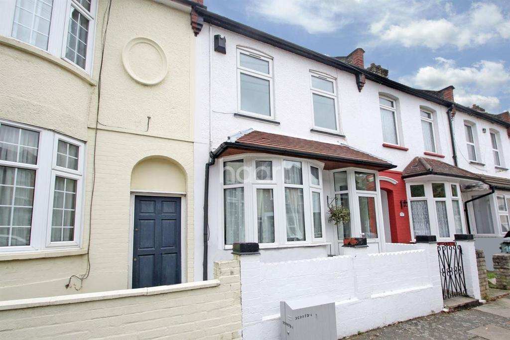 3 Bedrooms Terraced House for sale in Beverley Road