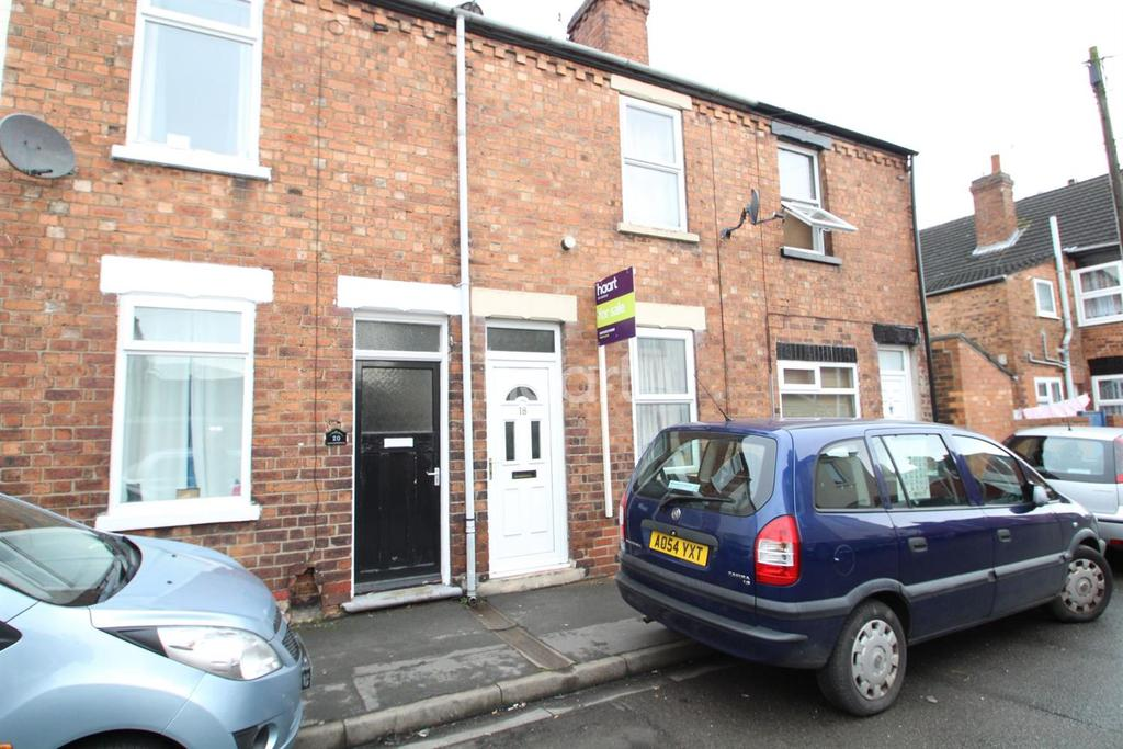 2 Bedrooms Terraced House for sale in Chelmsford Street, Lincoln