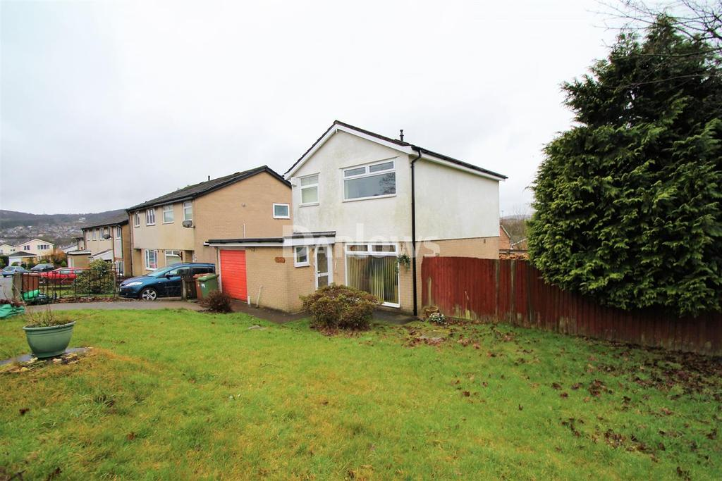 3 Bedrooms Detached House for sale in Cae'r Fferm, Glenfields, Caerphilly