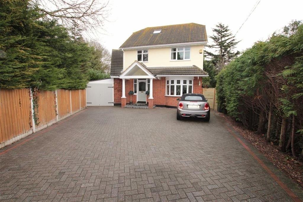 4 Bedrooms Detached House for sale in Bellhouse Road, Leigh-On-Sea, Essex