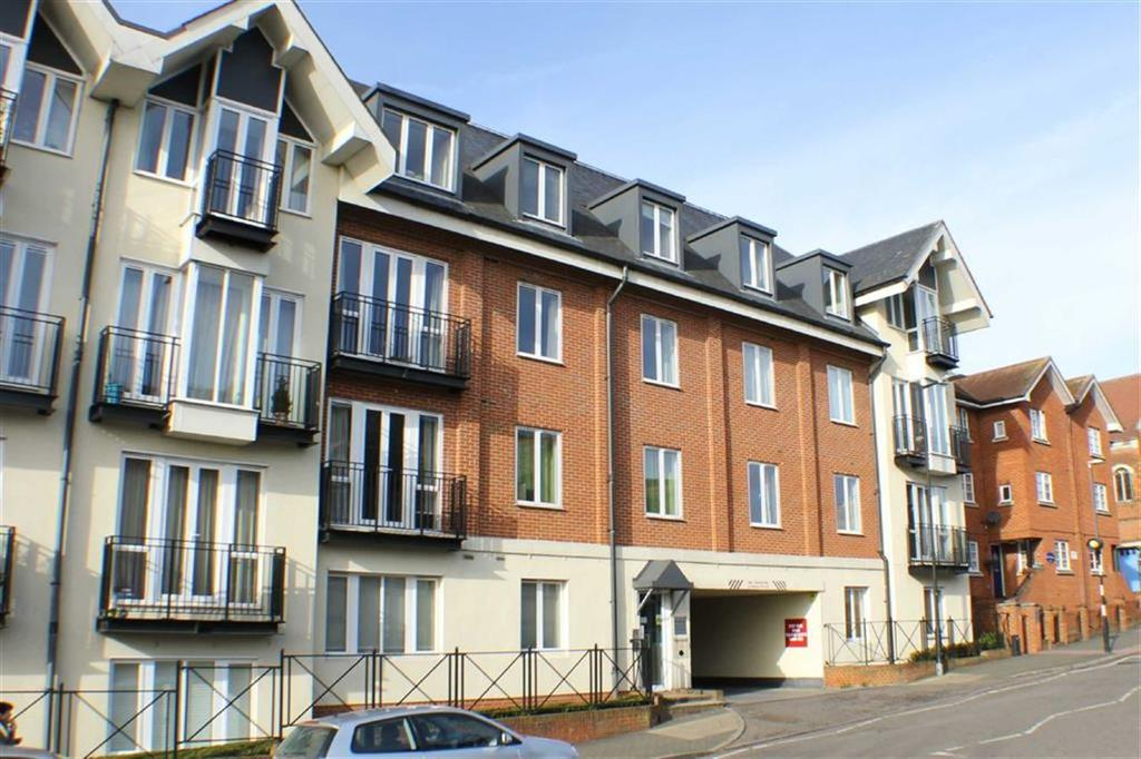 2 Bedrooms Flat for sale in Benedictine Place, St Albans, Hertfordshire