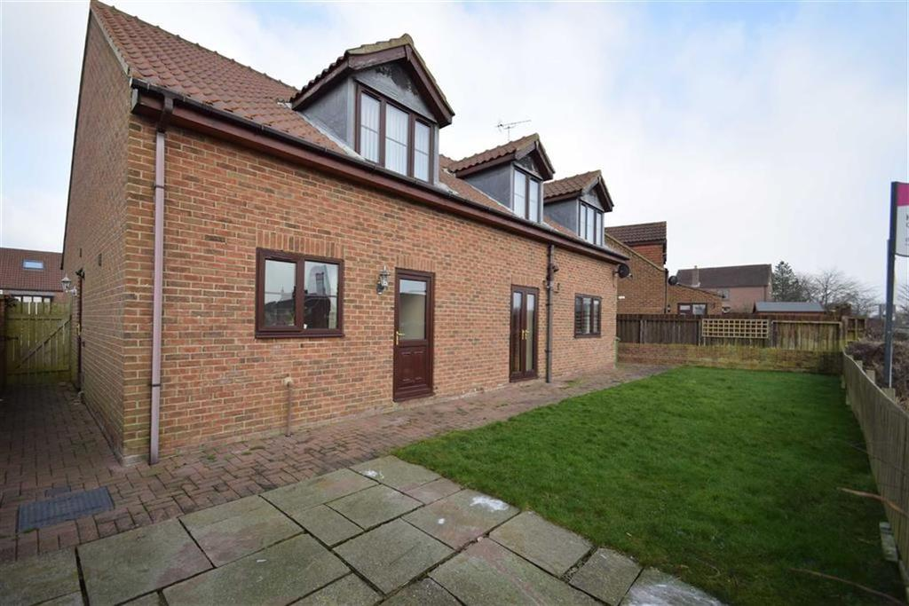 4 Bedrooms Detached House for sale in Byedales, Bempton, East Yorkshire, YO15