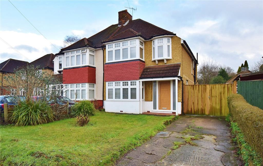 3 Bedrooms Semi Detached House for sale in Hampermill Lane, Oxhey, Hertfordshire, WD19