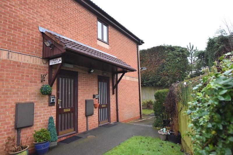 2 Bedrooms Flat for sale in Hagley Road West, Oldbury