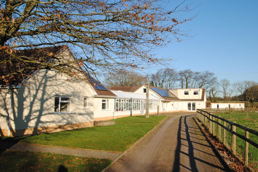 13 Bedrooms Equestrian Facility Character Property for sale in Winkleigh, Devon