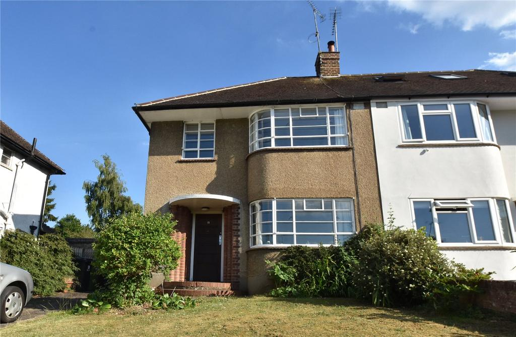 3 Bedrooms Semi Detached House for sale in Sheppards Close, St. Albans, Hertfordshire