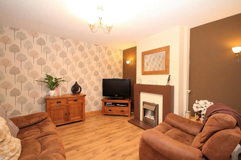 3 Bedrooms Terraced House for sale in 23 Hempland Avenue, Barrow-In-Furness