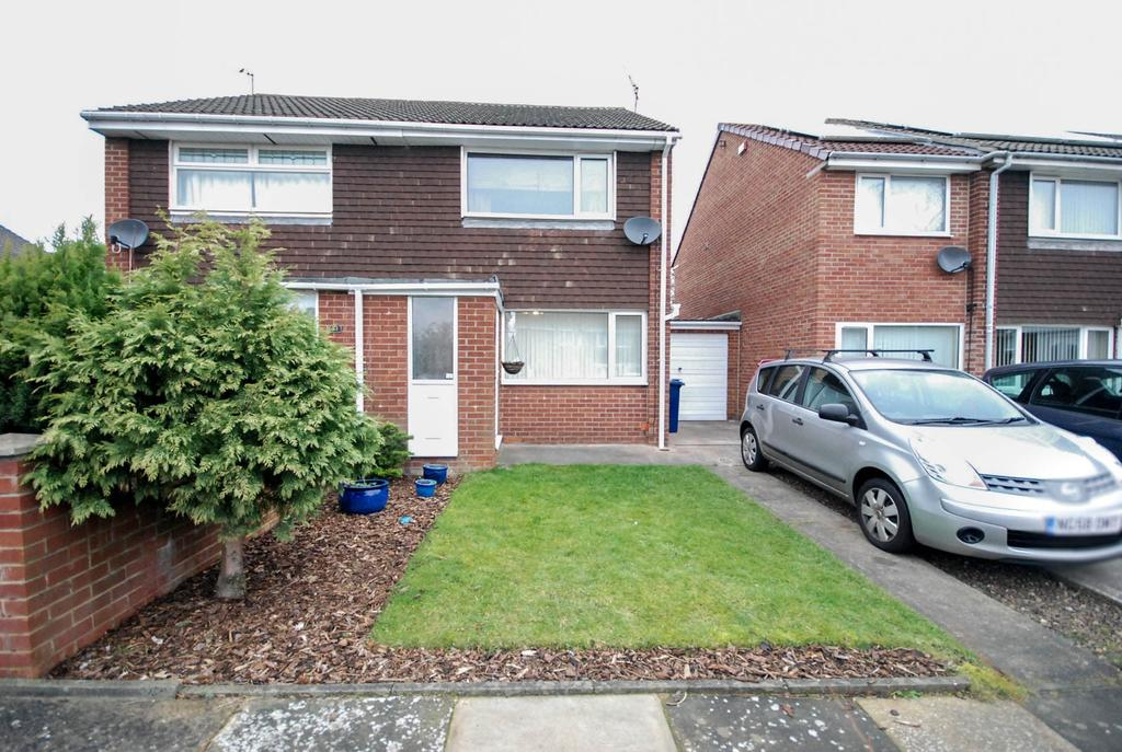 2 Bedrooms Semi Detached House for sale in Cosford Court, Kingston Park