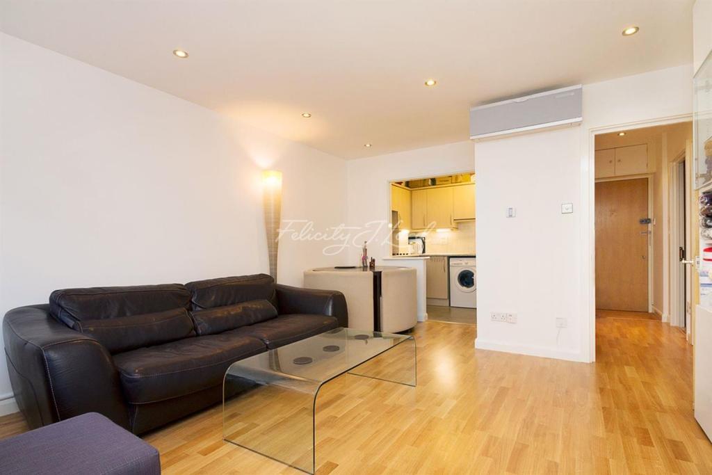 1 Bedroom Flat for sale in Skyline Plaza, London, E1 1NY