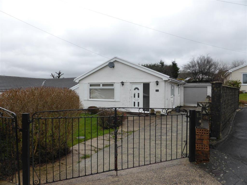 3 Bedrooms Bungalow for sale in 30 Waun Daniel, Rhos, Pontardawe