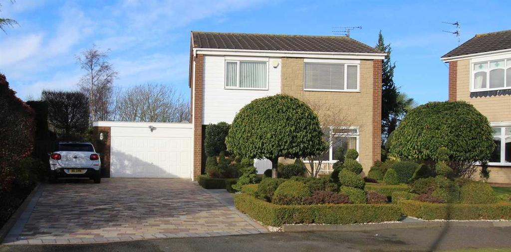 4 Bedrooms Detached House for sale in Ripley Drive, Barns Park, Cramlington