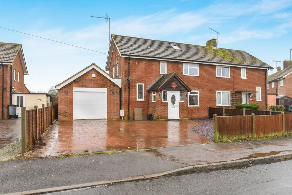 3 Bedrooms Semi Detached House for sale in Honywood Road, Lenham