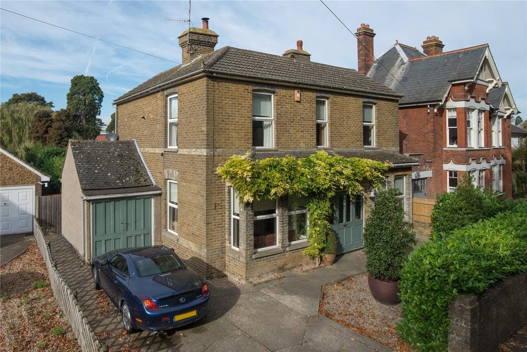 4 Bedrooms Detached House for sale in Brogdale Road, Faversham, Kent