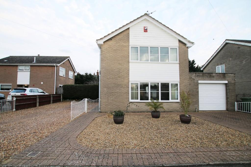 3 Bedrooms Detached House for sale in Green Park, Chatteris