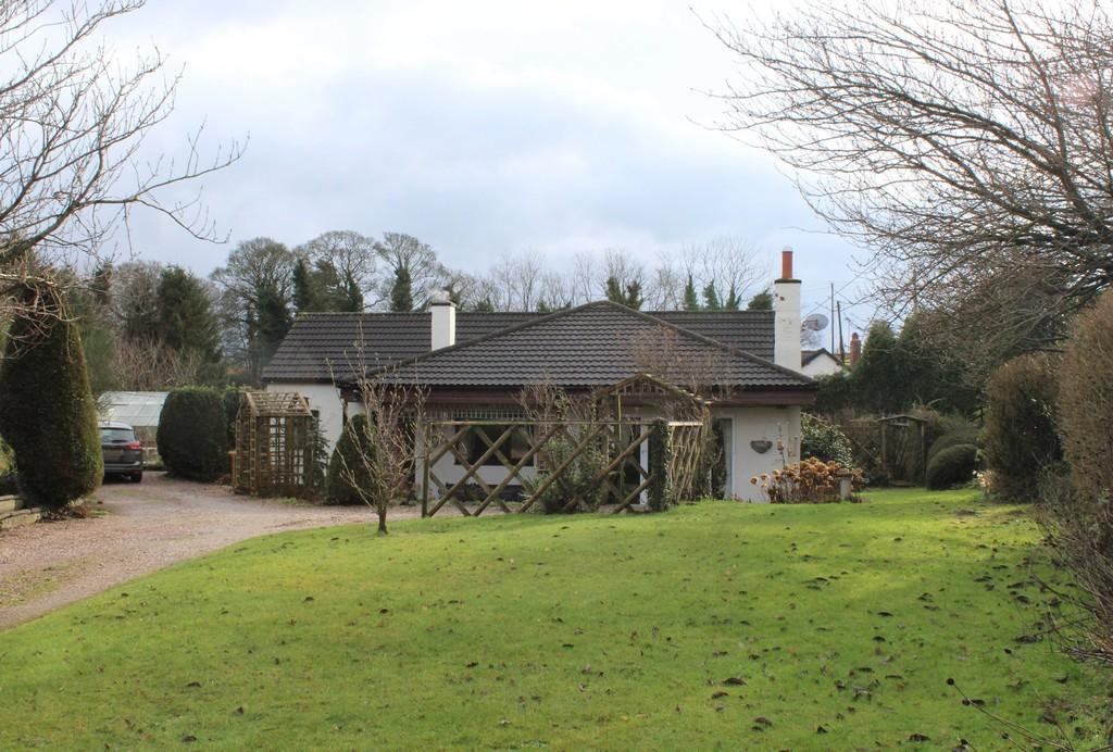 3 Bedrooms Detached Bungalow for sale in Fenns Bank, Whitchurch