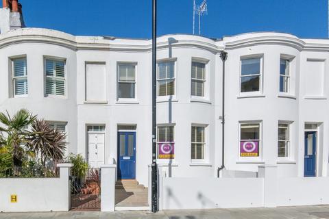2 bedroom terraced house for sale - Surrey Street, Brighton, BN1 3PB