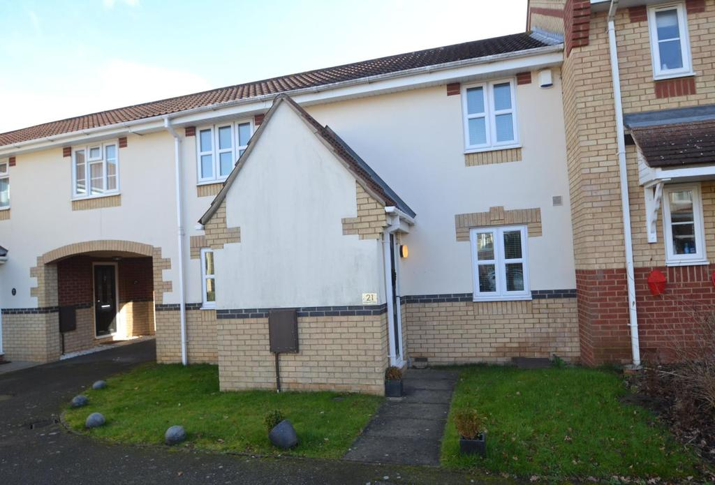 3 Bedrooms Semi Detached House for sale in Whitesmith Drive, Billericay, CM12