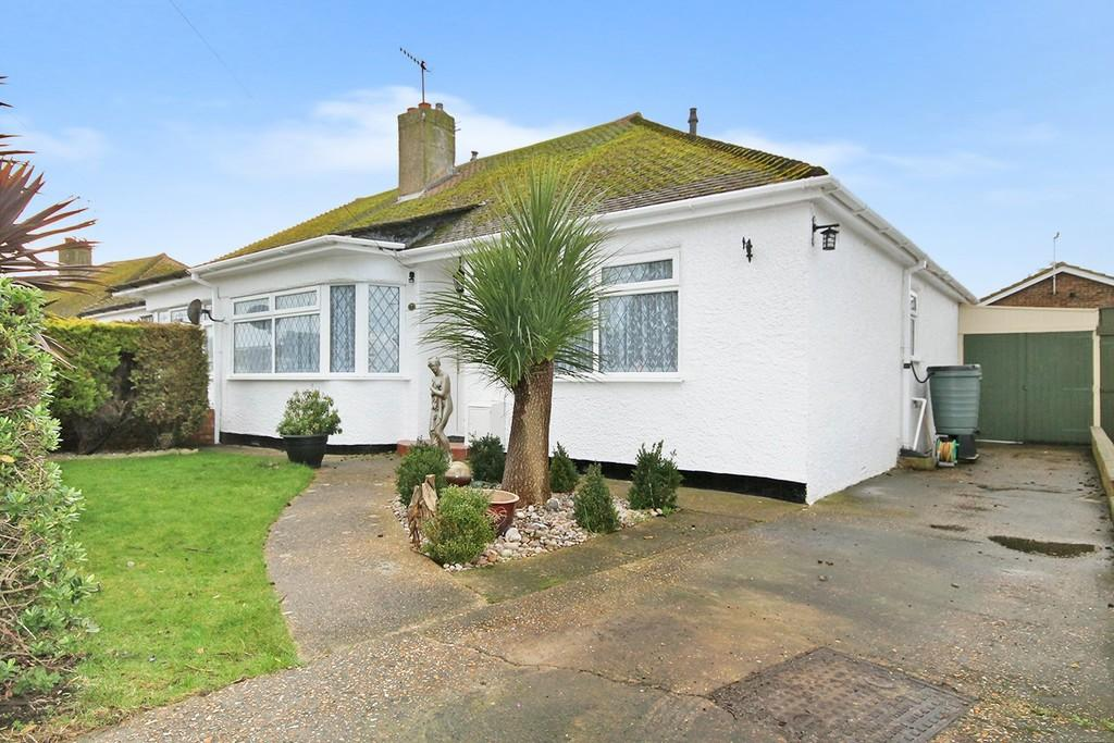 3 Bedrooms Semi Detached Bungalow for sale in The Crescent, Lancing BN15 8PH