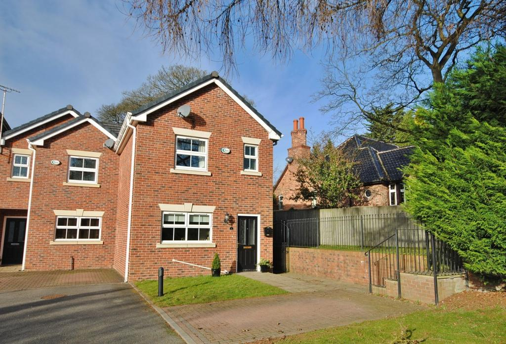 3 Bedrooms Semi Detached House for sale in Chiltern Court, Tytherington Park Road, Tytherington