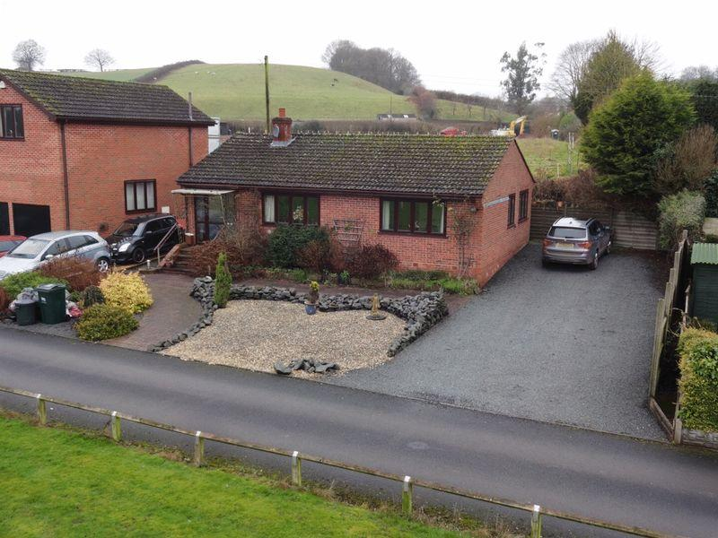3 Bedrooms Detached Bungalow for sale in Astley Burf, Stourport-On-Severn DY13 0RY