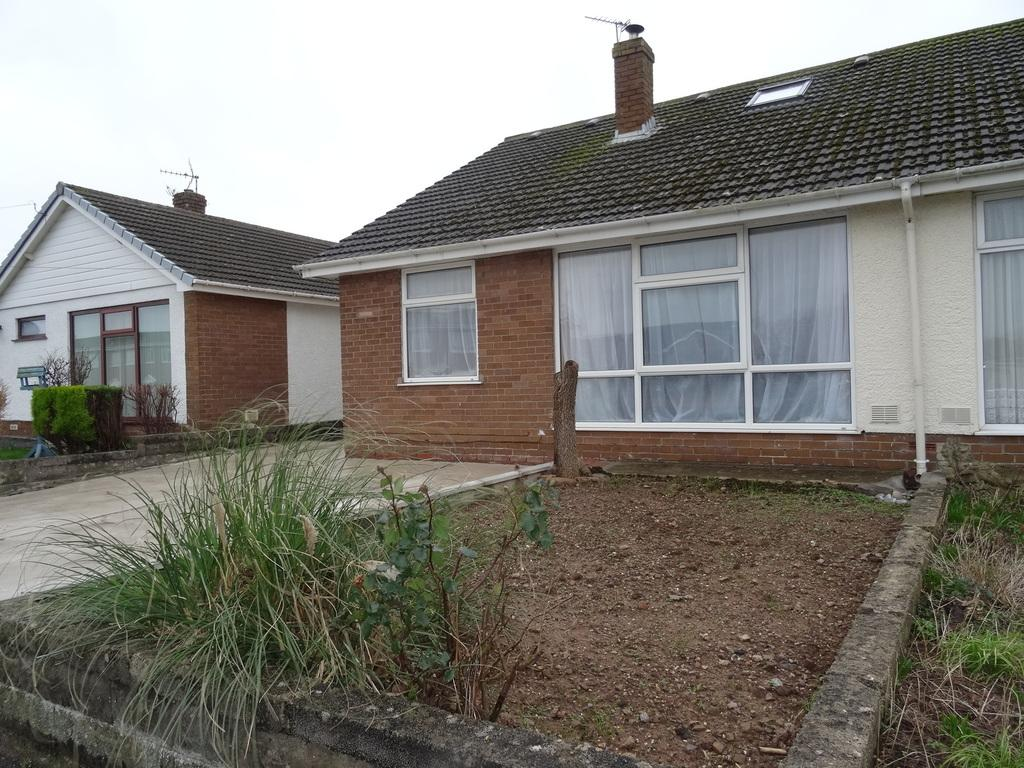 4 Bedrooms Semi Detached Bungalow for sale in HAZELWELL ROAD, NOTTAGE, PORTHCAWL, CF36 3PS