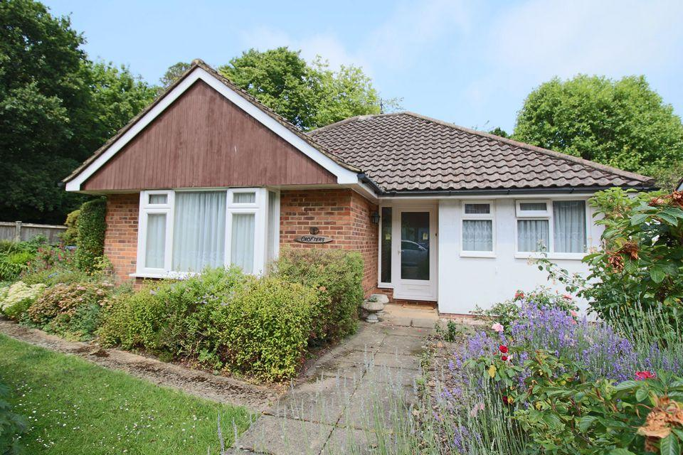 2 Bedrooms Detached Bungalow for sale in 1 Church Mead, Hassocks, Keymer, West Sussex.