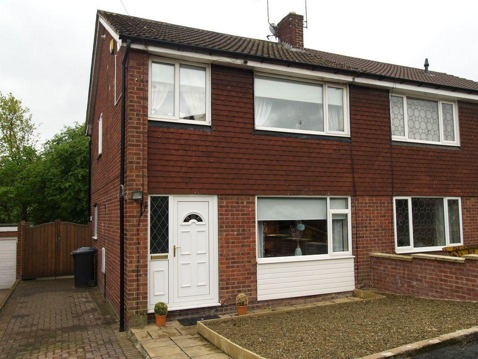 3 Bedrooms Semi Detached House for sale in 58 Reaper Crescent High Green S35