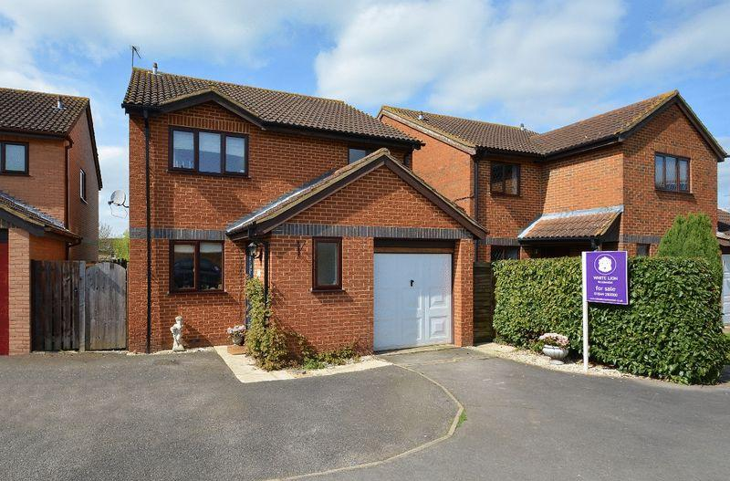 4 Bedrooms Detached House for sale in Langdale Road, Thame