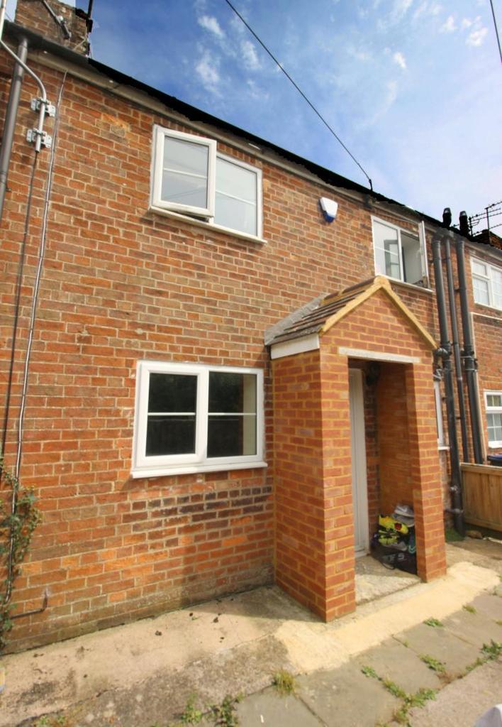 1 Bedroom Terraced House for sale in 25 Oxford Terrace, Warminster, BA12