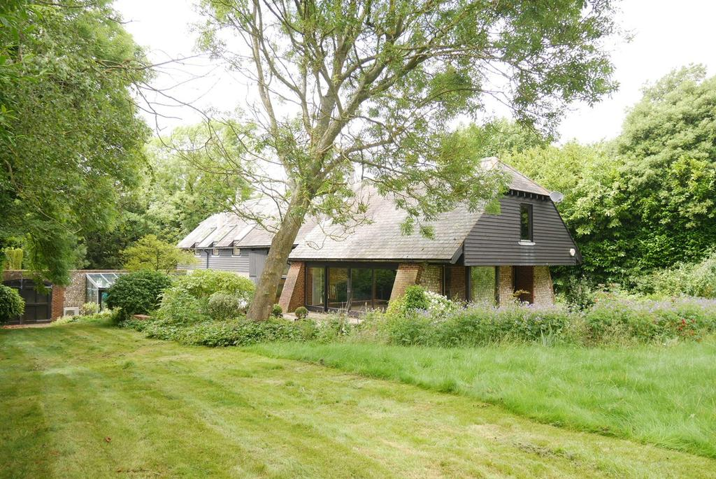 4 Bedrooms Detached House for sale in The Street, Wilmington, BN26