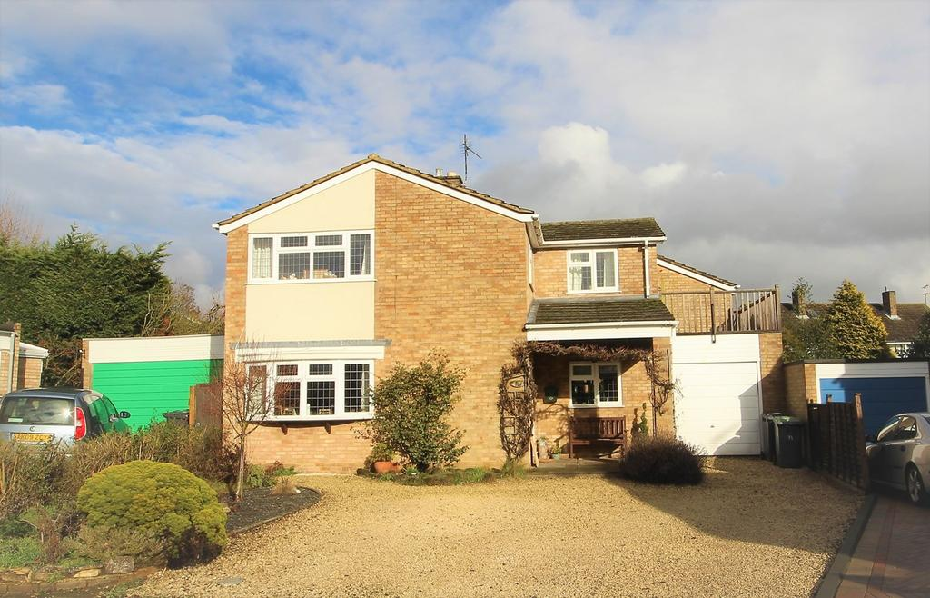 4 Bedrooms Link Detached House for sale in Fallowfield, Ampthill, Bedford, MK45